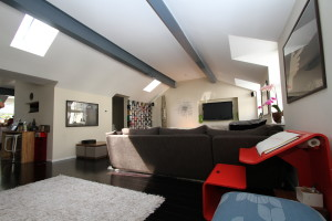 exposed beams gives a dramatic effect